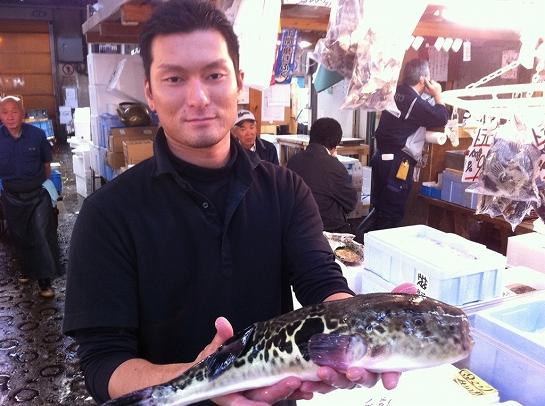 河豚を担当頂いている串田さん。いつも美味しい河豚ありがとう!